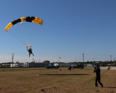 Army Reserve Tandem Jump Camp