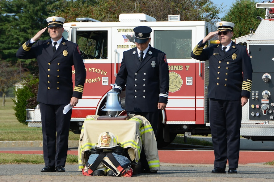Firemen and Airmen of Westover Air Reserve Base, Mass. remember lives lost on September 11, 2001, in a ceremony September 11, 2017, on the ellipse. 16 years ago today, four passenger airliners were hijacked by Al-Qaeda terrorists. Two of these aircraft, American Airlines Flight 11, and United Airlines Flight 175, were crashed into the North and South towers, respectively, of the World Trade Center complex in New York City. A third aircraft, American Airlines Flight 77, was crashed into the Pentagon in Arlington County, Virginia. And a fourth plane, United Airlines Flight 93, which was initially steered toward Washington D.C., but crashed into a field in Stonycreek Township, Pennsylvania after passengers tried to overcome the hijackers. (U.S. Air Force photo by Airman Hanna N. Smith)