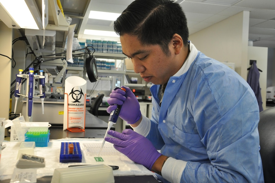 "711th Human Performance Wing ""Epi Lab"" supports medical readiness of Airmen, families"