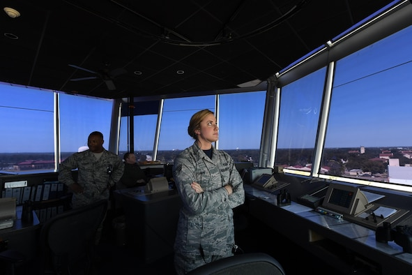 Air Traffic Controllers Put to the Test for Hurricane Evacuation