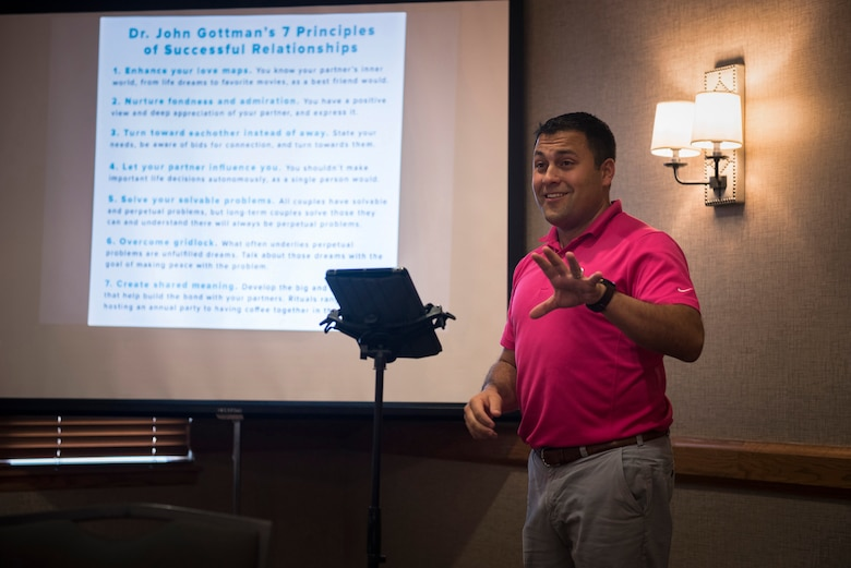 "U.S. Air Force Chaplain (Capt.) Jon Bormann, a chaplain with the 183rd Wing, Illinois Air National Guard, teaches the Strong Bonds ""The 7 Habits of Highly Effective Families"" program in Lake Geneva, Wis., Aug. 25, 2017. Fourteen Illinois Air National Guard families participated in a chaplain-led weekend retreat to learn how build resiliency through strengthening family relationships. (U.S. Air National Guard photo by Tech. Sgt. Lealan Buehrer)"