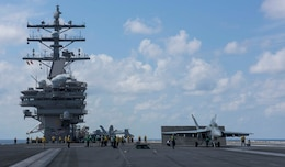 Carrier Air Wing Five Completes Carrier Qualification