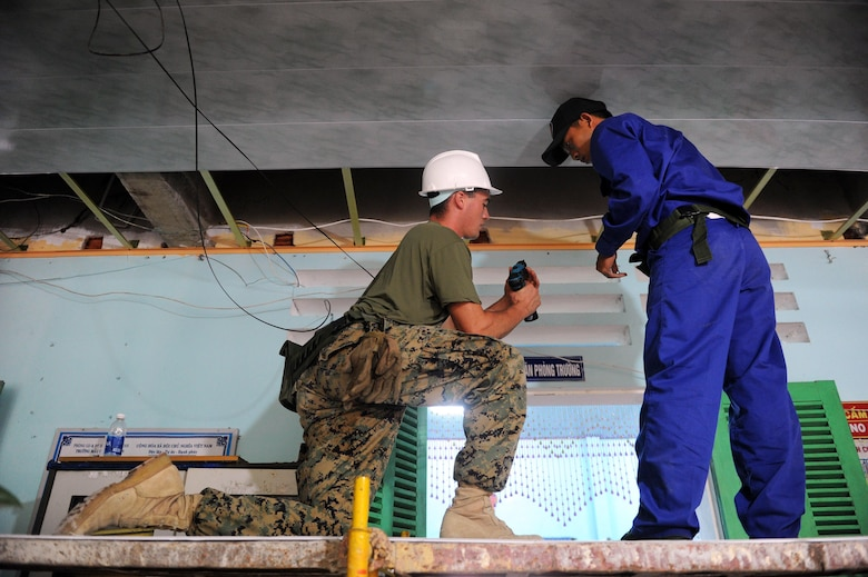 Pacific Angel engineers improve Vietnam schools infrastructure