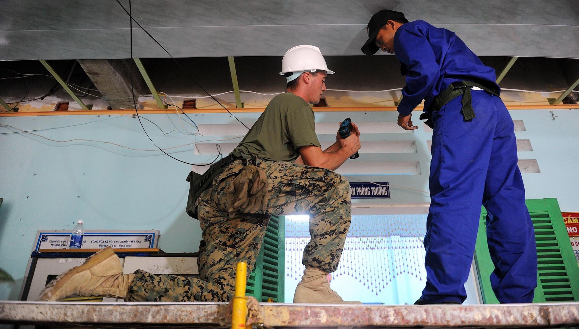 Pacific Angel engineers improve Vietnam schools infrastructure