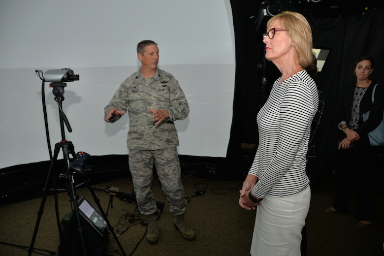 Lt. Governor of Indiana visits 181st Intelligence Wing
