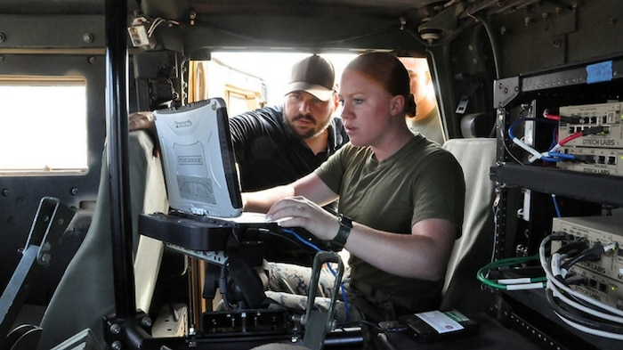 MCTSSA trains Marines on Networking On-the-Move