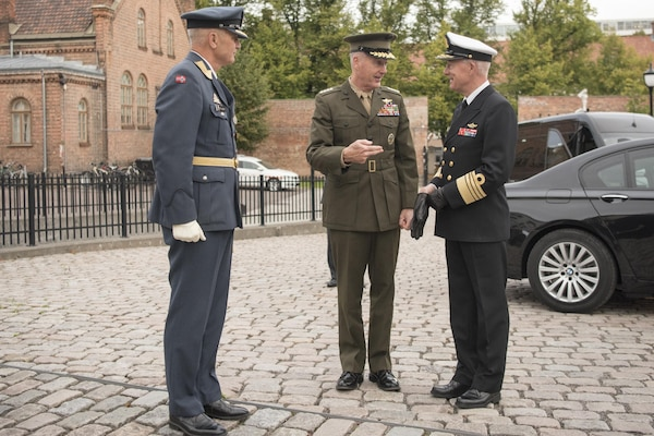 CJCS greets Admiral Haakon Bruun-Hanssen, Norwegian Chief of Defence