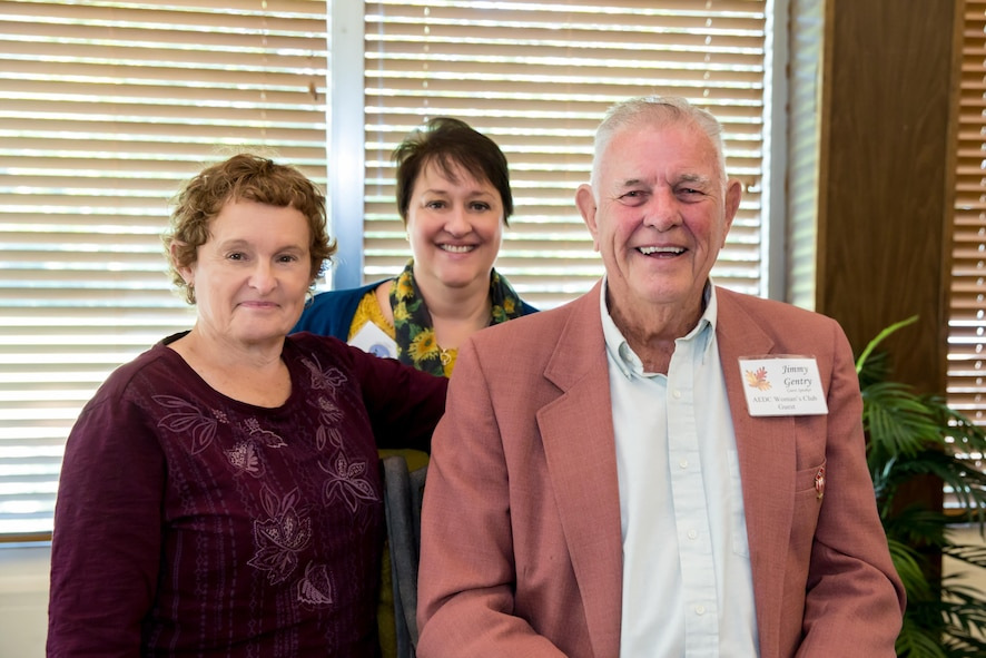 The new year for the AEDC Woman's Club began Sept. 7, with guest speaker Jimmy Gentry sharing stories about his life and achievements. Pictured left to right are AEDCWC members Barb McGuire and Anne Wonder with Gentry. (Courtesy photo)