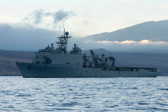 USS Rushmore visits Vanuatu during OMSI mission