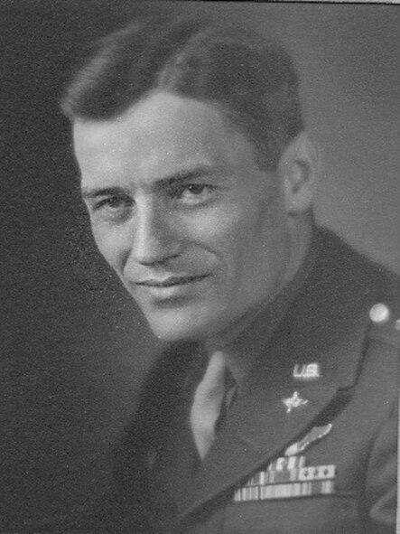 Colonel (ret.) Frank Royal (1915-2016) (Courtesy photo)