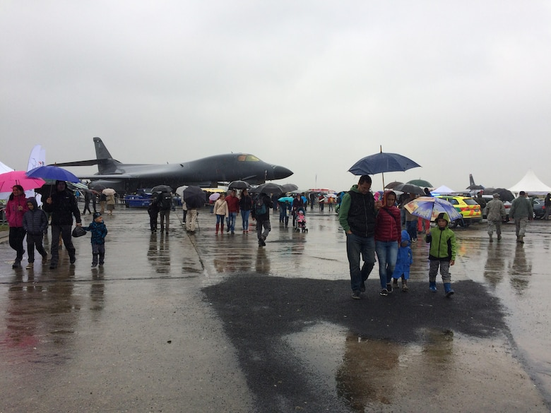 Despite the rainy conditions, crowds wander around a static B-1 Lancer, assigned to the 7th Bomb Wing, at the NATO Days 2017 Air Show in Ostrava, Czech Republic, Sept. 17, 2017.