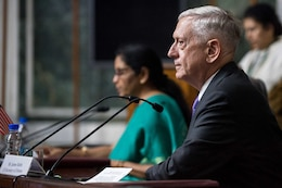 Mattis: Meeting With Indian Defense Minister Comes at Time of Strategic Convergence