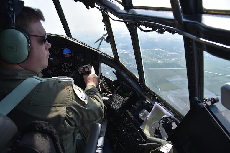 Rescue Airmen assist with Hurricane Harvey relief effort