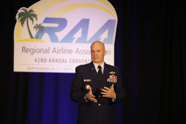 AMC commander meets with regional airlines