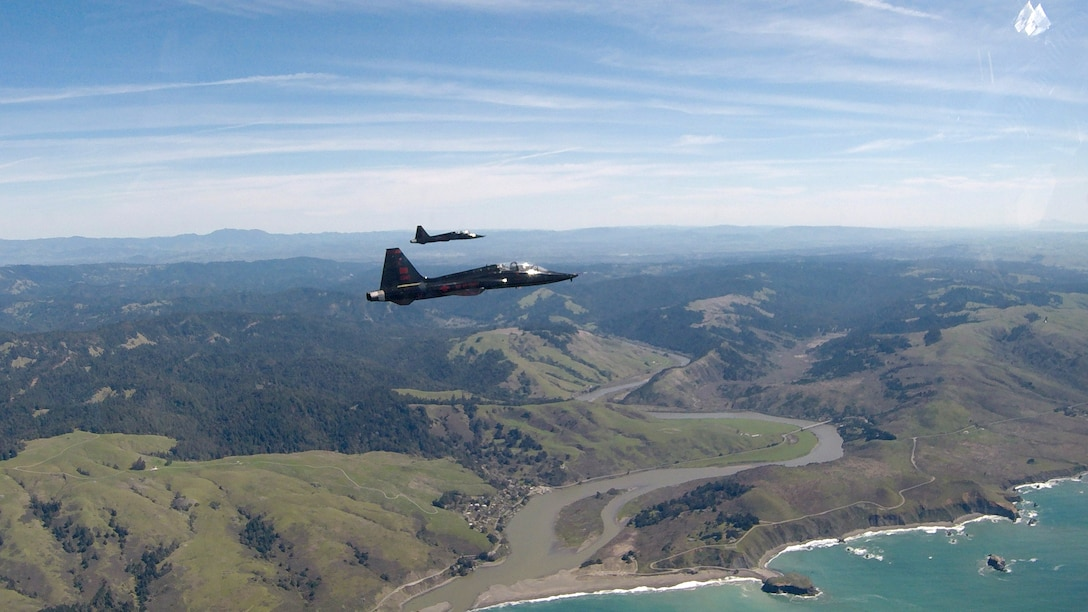 T-38 formation flight over Northern California