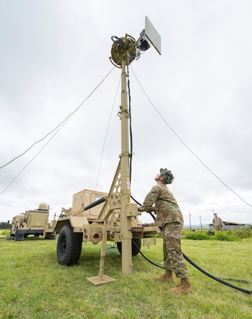Hawaii brigade puts lighter WIN-T secure communications system through its paces