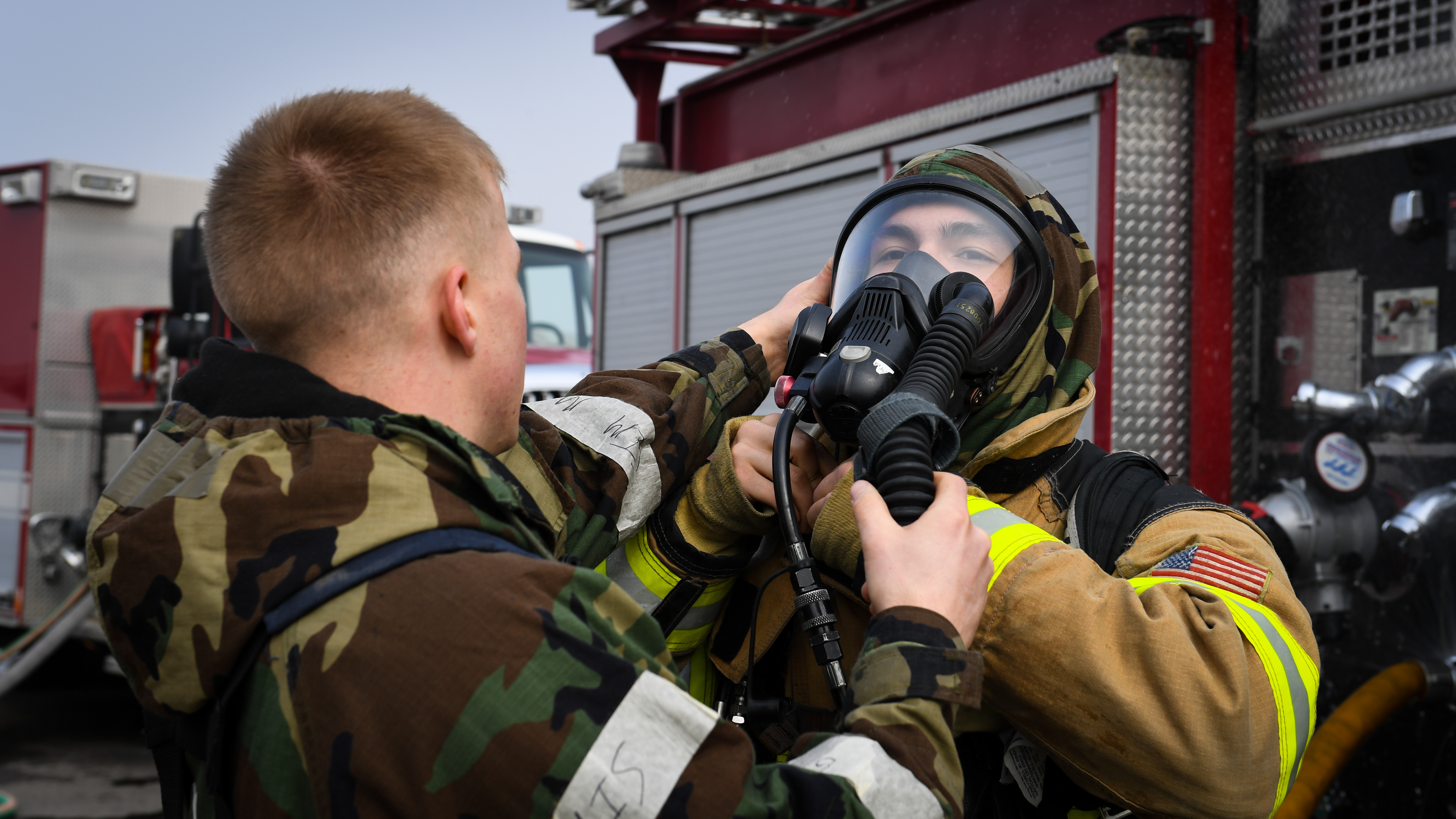 u s korean firefighters conduct joint fire training osan air