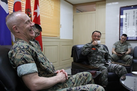 U.S. MARINE CORPS BASE, CAMP MUJUK – Maj. Gen. Patrick J. Hermesmann (left), commander of U.S. Marine Corps Forces Korea, meets with Maj. Gen. Cho Kng-Rae, commanding general of Republic of Korea First Marine Division, here, April 4, 2018. The U.S. and ROK Marine Corps work together daily to strengthen their combined capabilities. (Official U.S. Marine Corps photo by Sgt. Nathaniel Hanscom/Released)