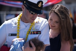 PEARL HARBOR, Hawaii April 6, 2018) The Los Angeles-class fast-attack submarine USS Bremerton (SSN 698) returns to Joint Base Pearl Harbor-Hickam following a six-month Western Pacific deployment, April 6. (U.S. Navy photo by Mass Communication Specialist 1st Class Daniel Hinton/ Released)
