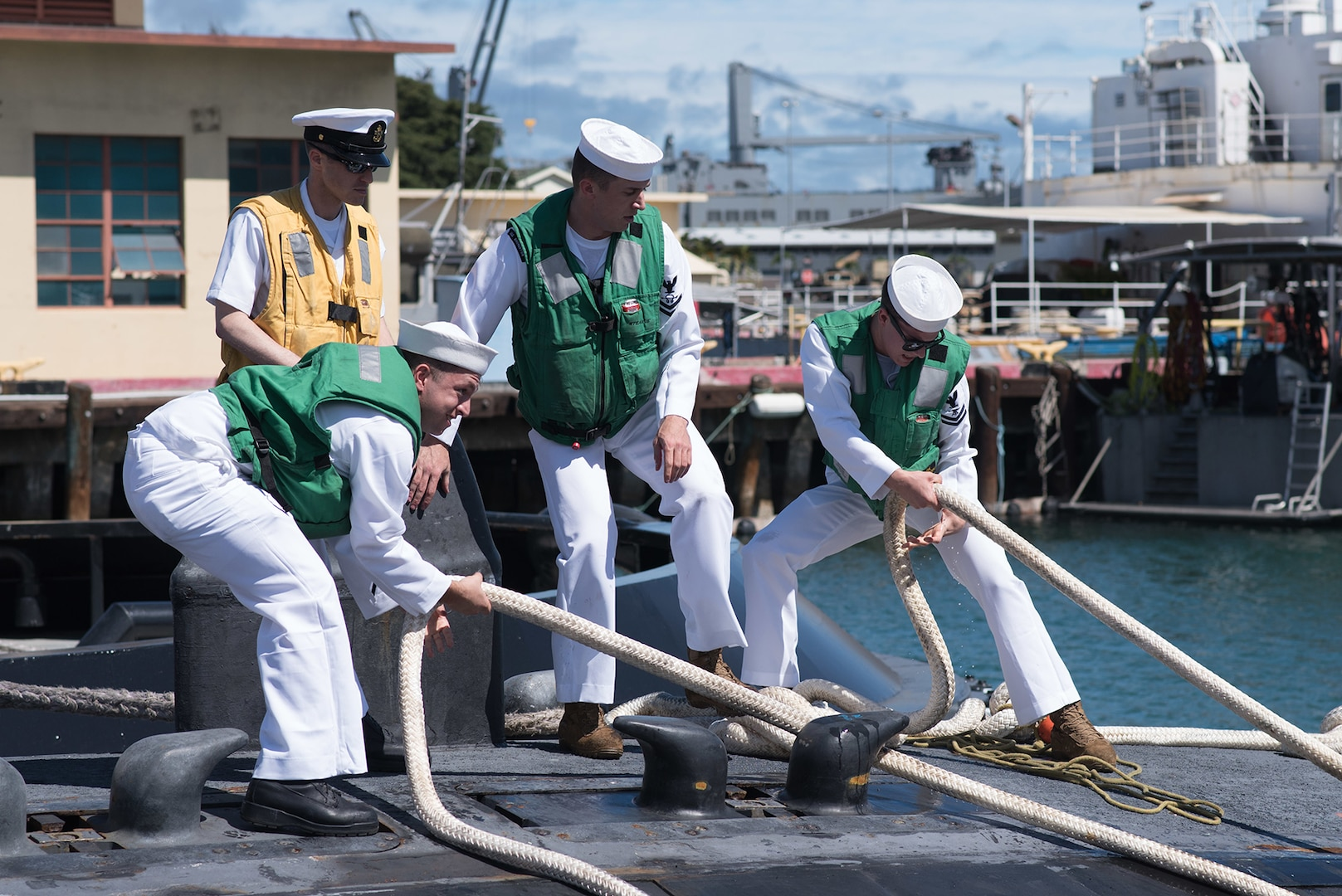 USS Bremerton Returns to Pearl Harbor for Final Time