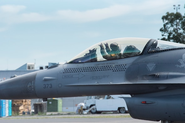 14th Fighter Squadron F-16 pilot  taxiing