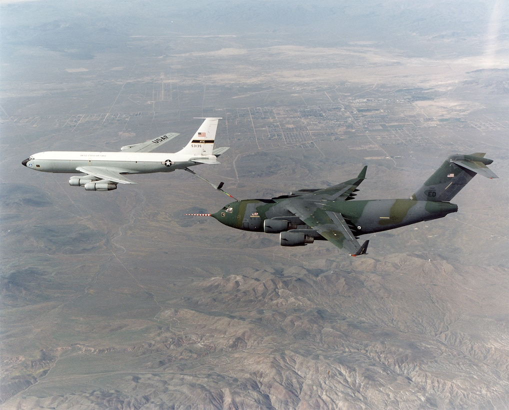 #OTD 11 Apr 1992 at Edwards - The C-17 successfully completed its first in-flight refueling mission, from a KC-135