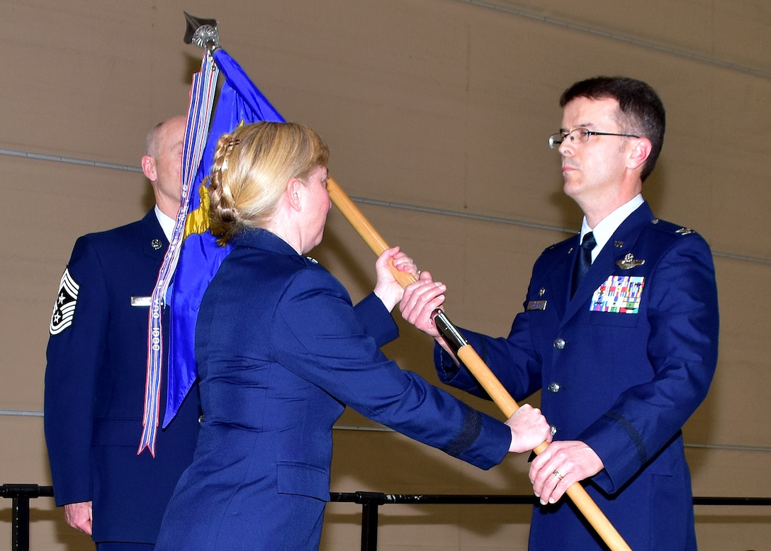 143d Airlift Wing Receives New Commander