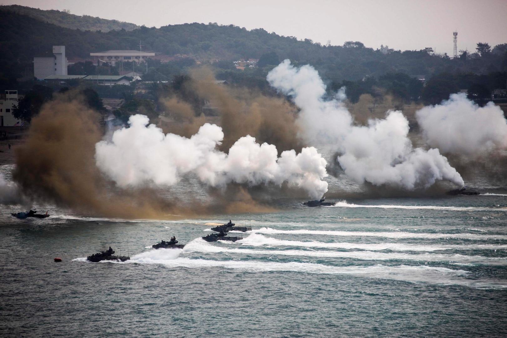Amphibious assault exercise during Cobra Gold 2018, at Hat Yao, Thailand, February 16, 2018 (U.S. Marine Corps/Olivia G. Ortiz)