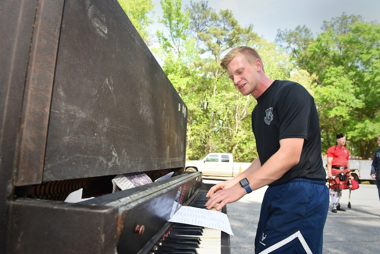 RAF burns piano