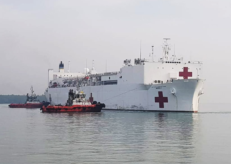 PORT KELANG, Malayasia (April 16, 2016) The Military Sealift Command hospital ship USNS Mercy arrives at Port Kelang, Malayasia, to support Pacific Partnership 2018 (PP18). PP18's mission is to work collectively with host and partner nations to enhance regional interoperability and disaster response capabilities, increase stability and security in the region, and foster new and enduring friendships across the Indo-Pacific Region. (U.S. Navy photo by Mass Communication Specialist 2nd Class Joshua Fulton/RELEASED)