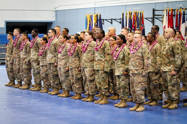 Human Resource Soldiers return to Hawaii from 9 month deployment