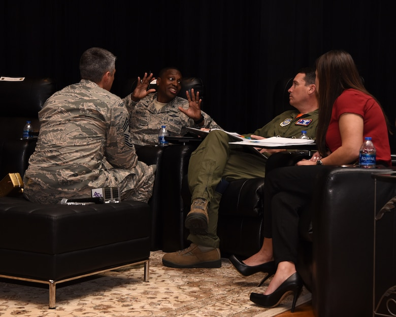 Dyess leadership looks to Airmen for innovative ideas