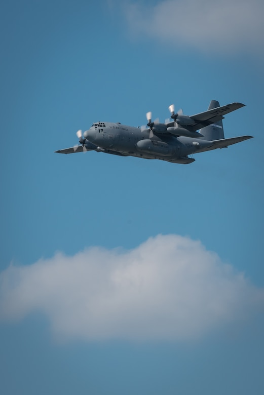 A Kentucky Air National Guard C-130 Hercules transport approaches the show box during the Thunder Over Louisville air show in downtown Louisville, Ky., in 2016. The aircraft will serve as a jump platform for members of the Kentucky Air Guard's 123rd Special Tactics Squadron during the 2018 air show, scheduled for April 21. The special operators will parachute into the Ohio River as part of a demonstration on insertion techniques.