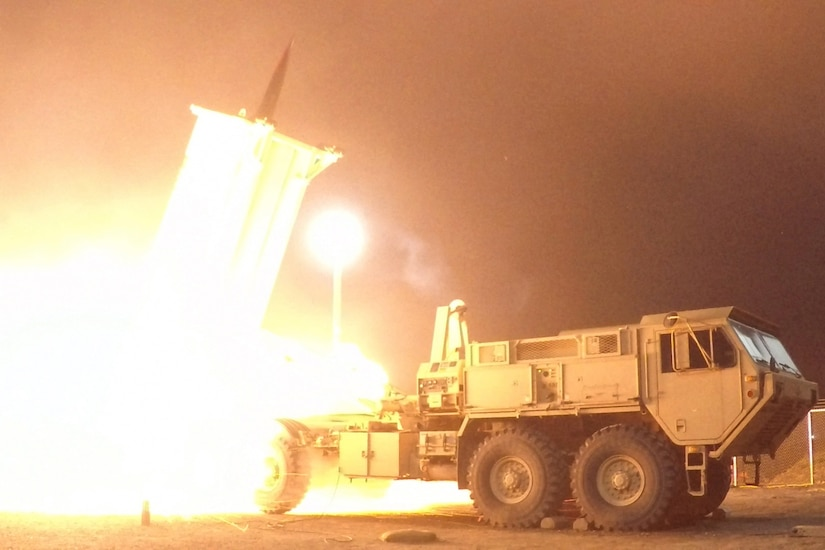A THAAD is launched from the Pacific Spaceport Complex in Alaska.