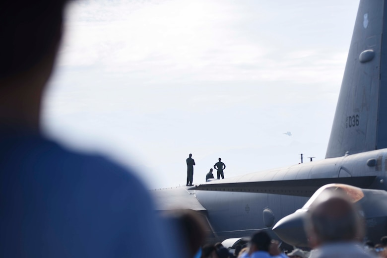 U.S. Air Force members from the F-22 Raptor Demonstration Team, based out of Joint Base Langley-Eustis, Virginia, performed at Feria Internacional del Aire y del Espacio air and trade show in Santiago, Chile April 2-7, 2018.