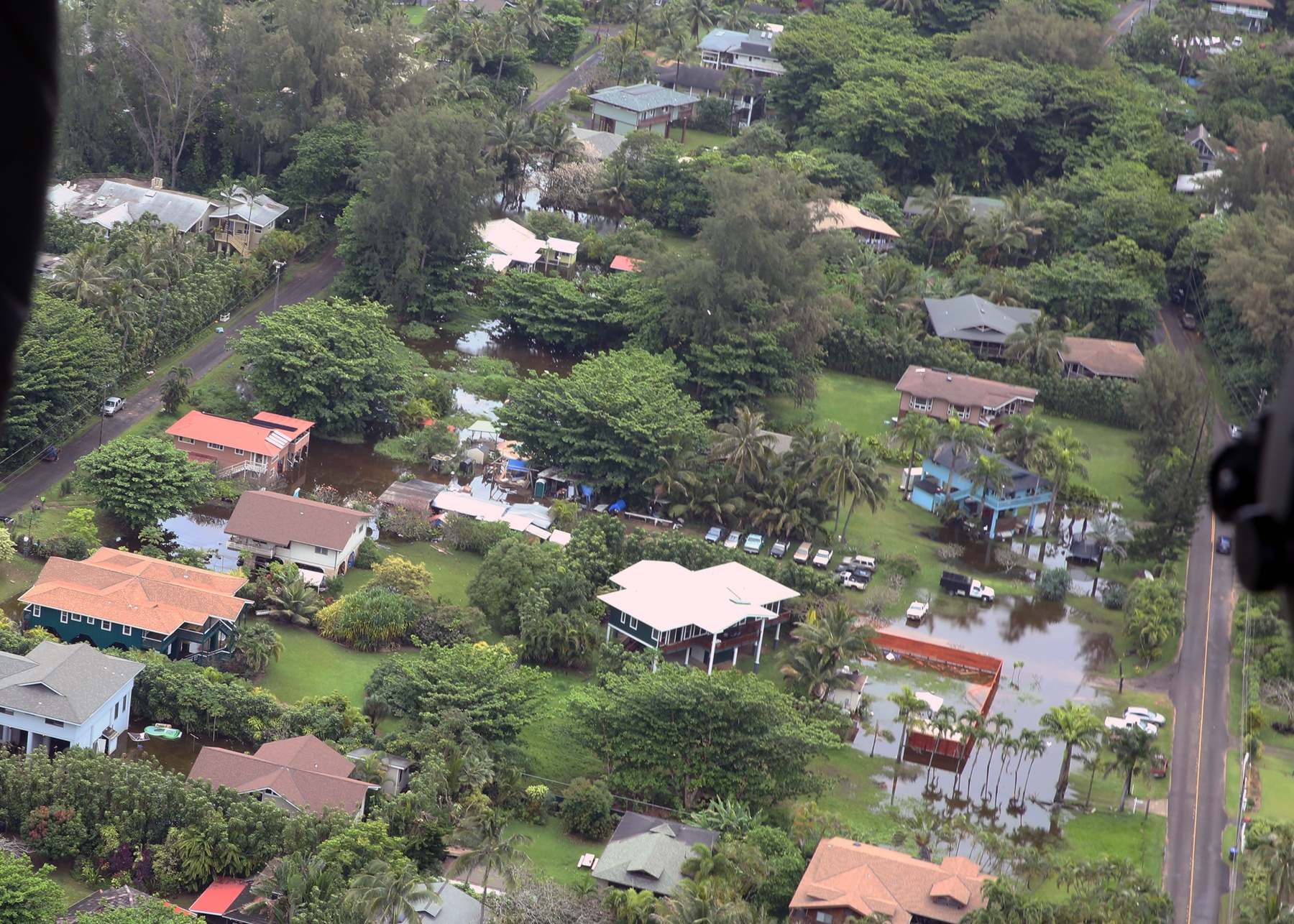 25th Infantry Division Aids Relief Efforts on Island of