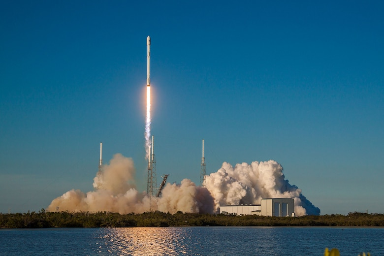 A SpaceX Falcon 9 rocket launching out of Space Launch Complex 40 (SLC-40), Cape Canaveral Air Force Station, Florida, April 18. (Courtesy SpaceX)