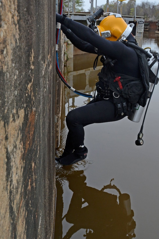 Divers from the U.S. Army Corps of Engineers (USACE) Huntington (W.V.) District recently completed inspections of Locks and Dams 1, 2 and 3 on the Cape Fear River