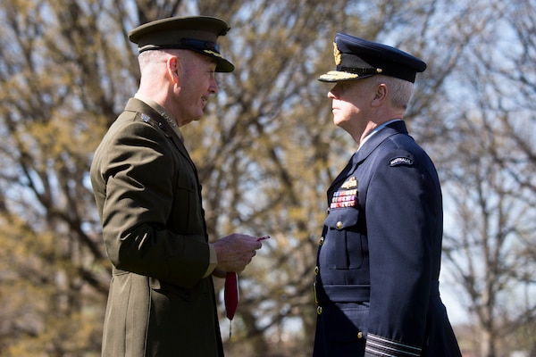Chairman of the Joint Chiefs of Staff Gen. Joseph F. Dunford, Jr., met with his Australian counterpart Chief of the Defence Force Air Chief Marshal Mark Binskin in Washington D.C., April 20, 2018.