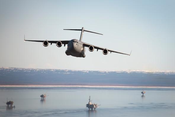 Guard C-17 crews host incentive flights