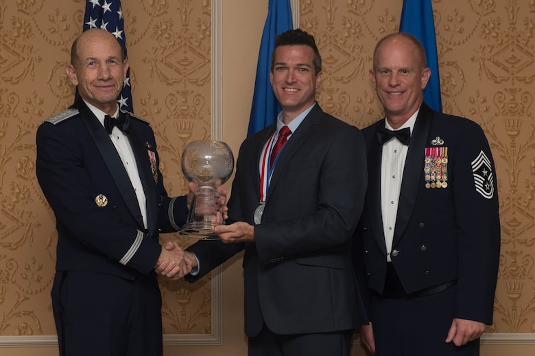 ACC Outstanding Civilian Category III of the Year, Jeffery Ley, 9th Air Force