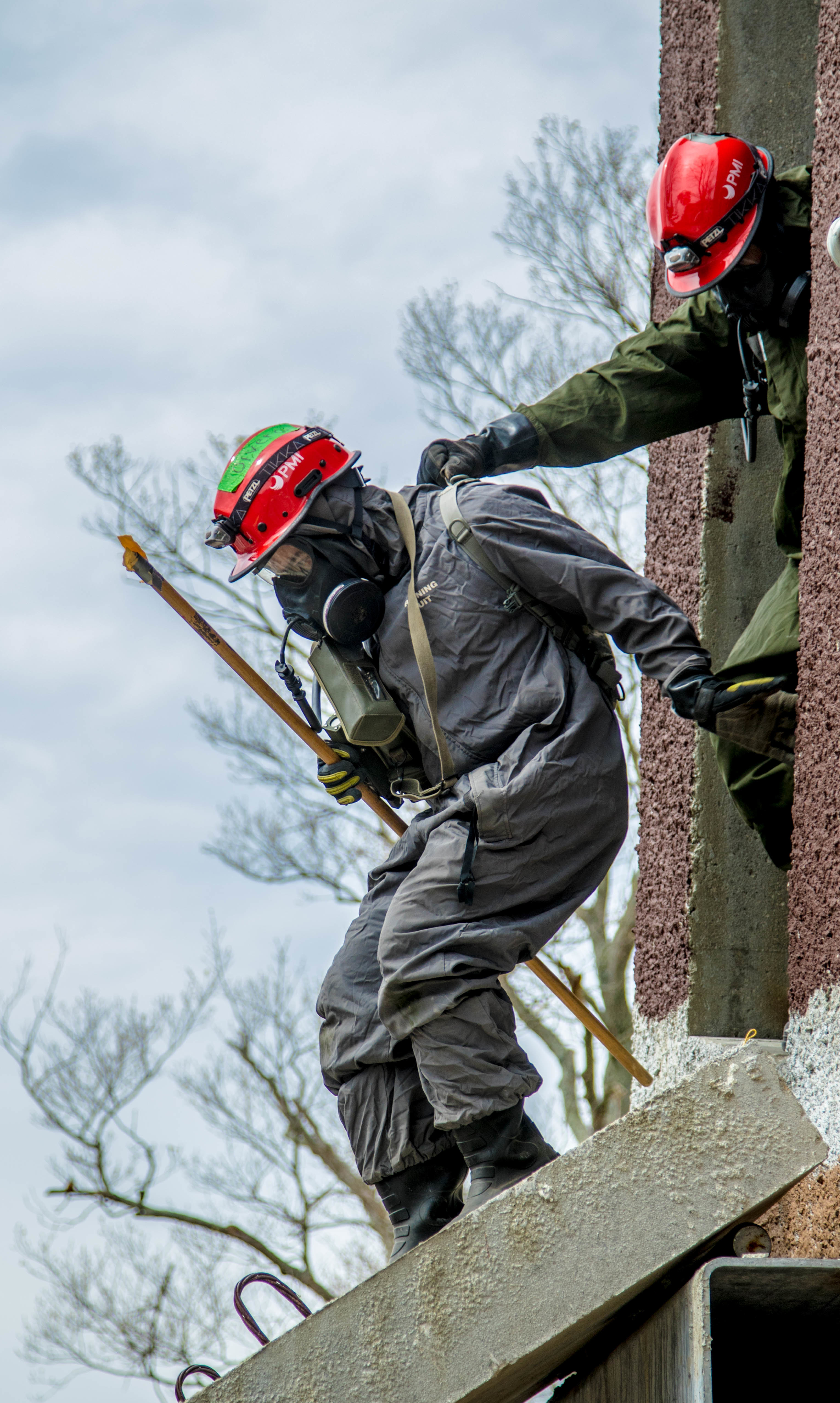 Army Engineers Rescue Mock Disaster Victims During Guardian Response