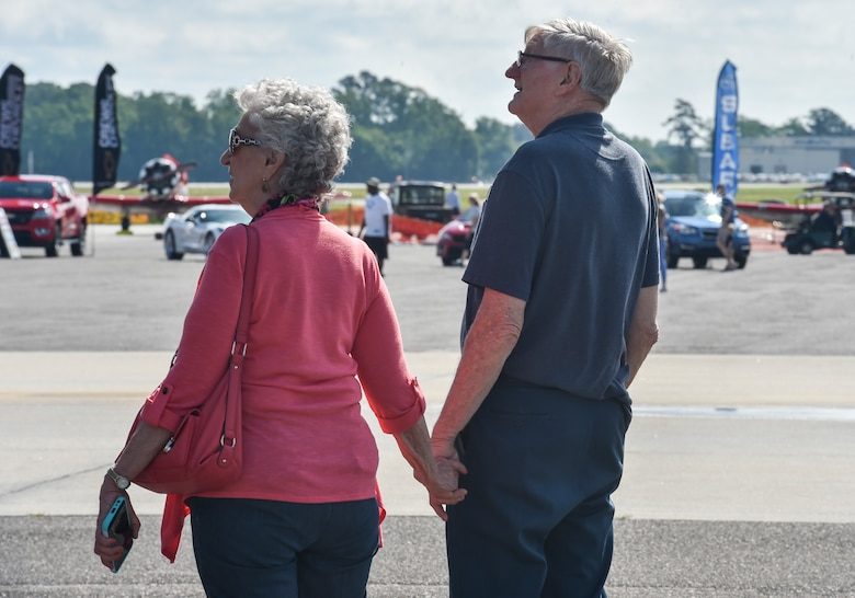 Attendees of the 2018 Air and Space Expo rehearsal look at exhibits at Joint Base Charleston, S.C., April 27, 2018.