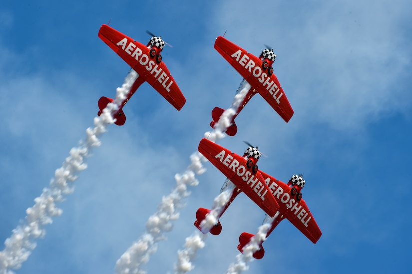 The AeroShell T-6 Texan Formation Flight performs during Air & Space Expo, Joint Base Charleston, S.C., April 28, 2018.