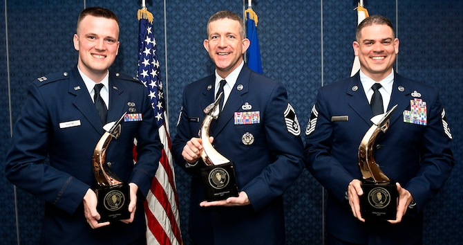 The 2017 Gen. Lew Allen Jr., award winners pose for a photo after an awards ceremony at the Pentagon, Arlington, Va., April 27, 2018. The annual award, named after the 10th Air Force chief of staff, recognizes the accomplishments of base-level officers and senior NCOs in their performance of aircraft, munitions or missile maintenance. (U.S. Air Force photo by Staff Sgt. Rusty Frank)