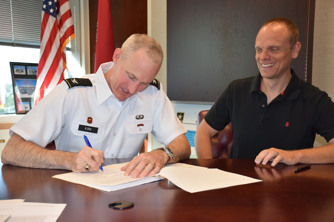 Jacksonville District Commander Col. Jason Kirk signed an agreement with the State of Florida to accept an additional $50 million of state funds to help with rehabilitation of the Herbert Hoover Dike (HHD) surrounding Lake Okeechobee.  Kirk signed the agreement August 1 alongside Mike Rogalski, Jacksonville District Deputy Chief of Programs and Project Management and HHD Mega Project Program Manager. A similar agreement was signed earlier this year, bringing the total State of Florida contributions to advance Herbert Hoover Dike construction to $100 million.