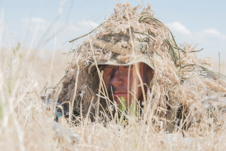 An Idaho Army National Guard sniper prepares for a reconnaissance mission