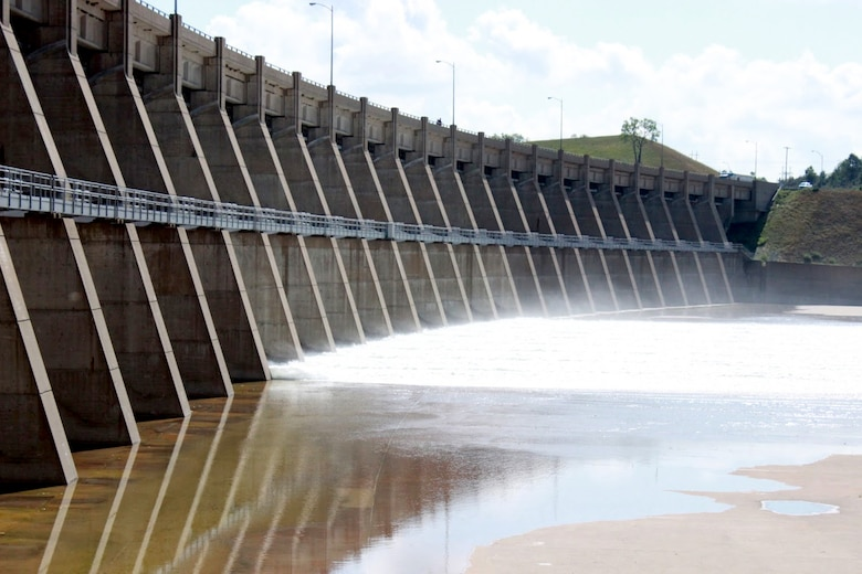On Monday, August 6, releases of 9,000 cubic feet per second were transitioned from the regulating tunnels to the spillway at Garrison Dam near Riverdale, North Dakota.