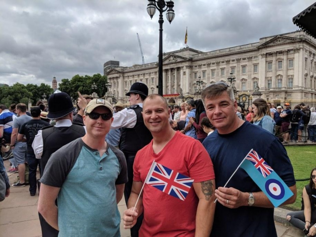 U.S. Air Force Staff Sgt. Jason Chipley, 145th Logistics Readiness Squadron, along with members of the United States Air Force Reserves pose in front of Buckingham Palace during the RAF100 parade, London, United Kingdom, July 10, 2018. The Military Reserve Exchange Program not only allows military members to learn and exchange ideas about their respective career fields, but it also provides the opportunity to be immersed in the host country's culture.