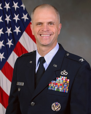 Col. Deron L. Frailie, 75th Air Base Wing Vice Commander. (U.S. Air Force photo by Cynthia Griggs)